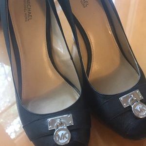 Micheal Kors Hamilton Black Peep Toe Lock Wedges